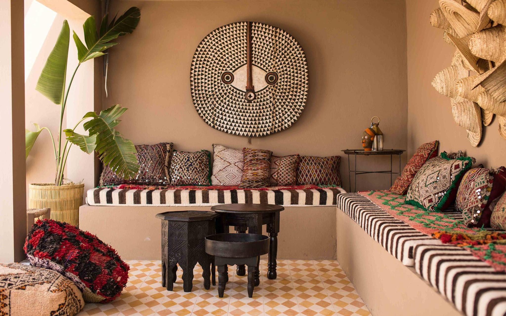 petit salon marocain, in and out – Jamila Zaoujal